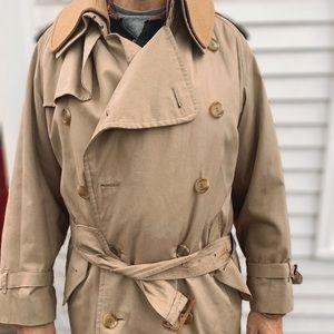 Vintage Burberry's Trench Coat (w/ winter lining)